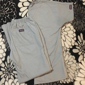 Cherokee gray scrub set